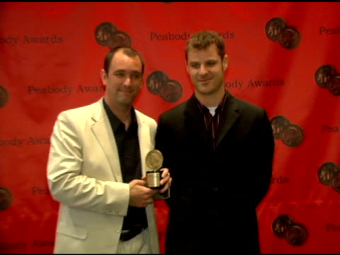 vídeos y material grabado en eventos de stock de trey parker and matt stone of 'south park' at the 65th annual peabody awards at the waldorf astoria hotel in new york new york on june 5 2006 - trey parker