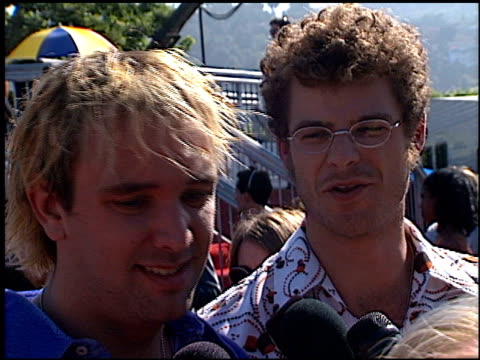 trey parker at the 1998 mtv video music awards entrances at universal amphitheatre in universal city california on september 10 1998 - trey parker stock videos & royalty-free footage