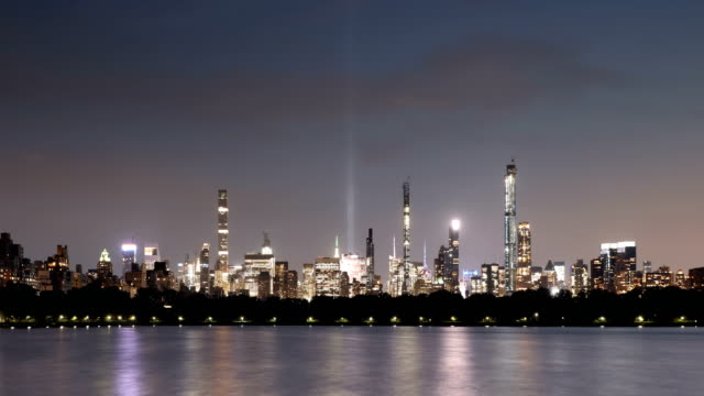tribute in light skyline time lapse - central park reservoir stock videos and b-roll footage