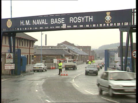 Defence Committee decision SCOTLAND Rosyth SEQ GVs of Rosyth shipyard and workers at yard