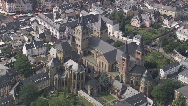 trier cathedral and the church of our lady - cathedral stock videos & royalty-free footage