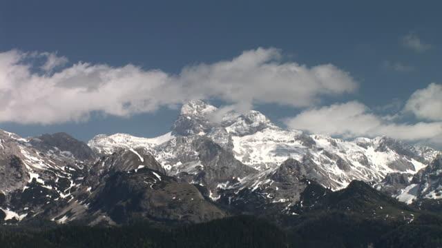 ws, zi, ms, triglav mountain, triglav national park, gorenjska region, slovenia - triglav national park stock videos and b-roll footage