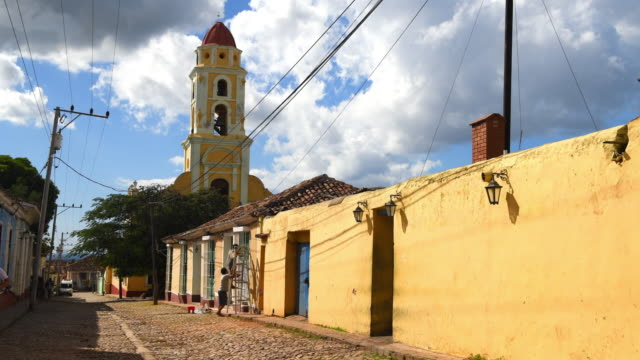 trinidad, cuba: bell tower of the former convent saint francis of assisi - franziskus kirche stock-videos und b-roll-filmmaterial
