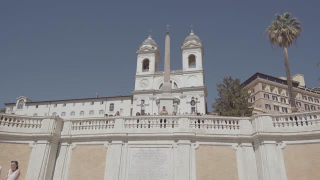 ローマ スペイン階段とトリニタ ・ デイ ・ モンティ - ラツィオ州点の映像素材/bロール