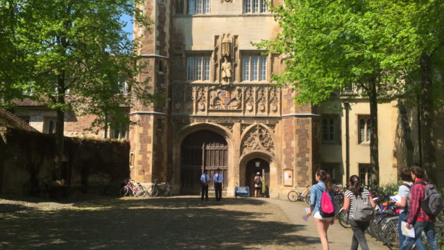 trinty college. - trinity college cambridge university stock videos & royalty-free footage
