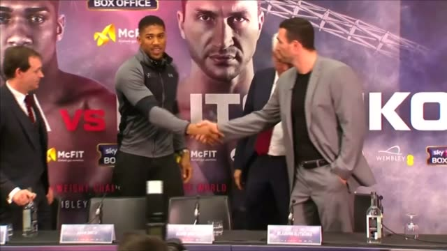 Triple H interview T14121615 / TX PHOTOGRAPHY*** Anthony Joshua and Wladimir Klitschko shaking hands at fight launch press conference