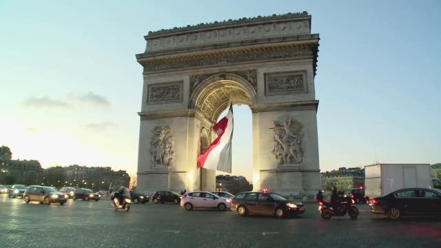 triumphal arch in paris - french flag stock videos & royalty-free footage
