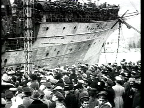 1918 b/w ws pan troops from the white army on board the saratov ship arriving to large crowd at the port of yalta during russian civil war/ yalta, crimea, ukraine - 1918 stock videos & royalty-free footage
