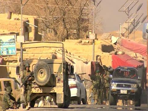 us troops on patrol streets of afghanistan 28 january 2010 - 2001年~ アフガニスタン紛争点の映像素材/bロール