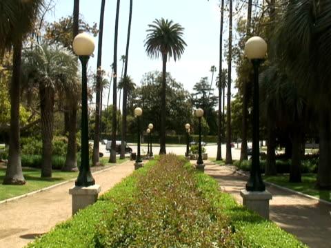 Kreuzung -Time Lapse- tropischen Garten