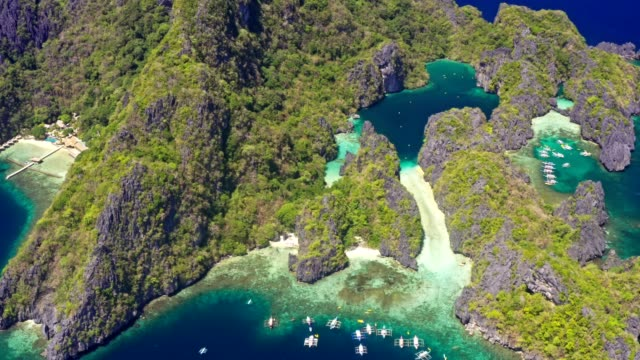 tropical island beach lagoon in palawan, philippines - vista marina stock videos & royalty-free footage