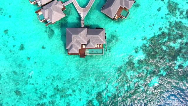 vídeos y material grabado en eventos de stock de paraíso tropical - isla de ayada - cayo