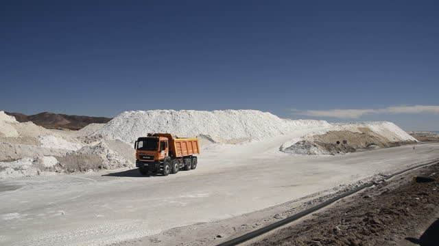 truck carrying potassium chloride at albemarle corp. lithium mine in calama. lithium mine albemarle corp., the world's biggest producer of lithium,... - potassium stock videos & royalty-free footage