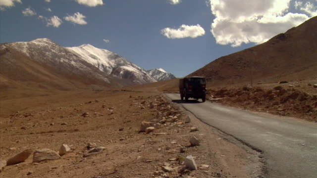 ws, trucks on mountain road, ladakh,jammu and kashmir, india - heavy goods vehicle stock videos & royalty-free footage