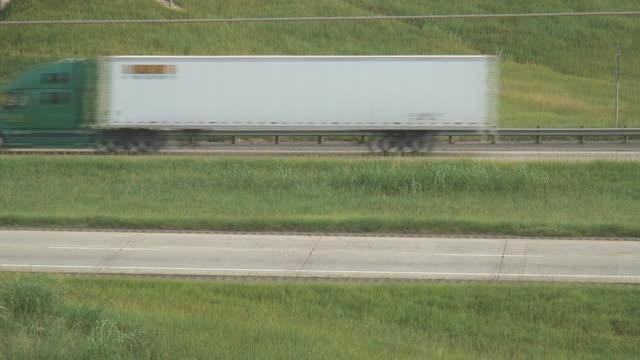 HD: Trucks Pass