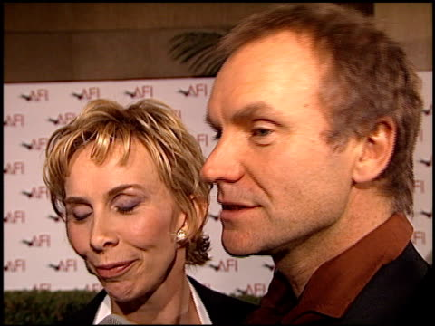 trudie styler at the afi awards honoring dustin hoffman at the beverly hilton in beverly hills, california on february 18, 1999. - trudie styler stock-videos und b-roll-filmmaterial