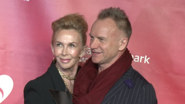 trudie styler, sting at musicares 2013 person of the year tribute 2/8/2013 in los angeles, ca. - trudie styler stock-videos und b-roll-filmmaterial