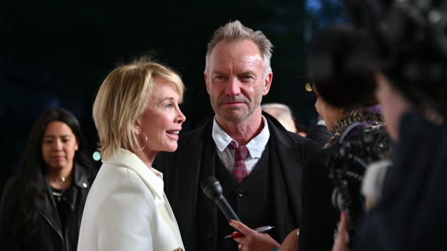 """trudie styler & sting at the """"this is spinal tap"""" 35th anniversary - 2019 tribeca film festival at beacon theatre on april 27, 2019 in new york city. - trudie styler stock-videos und b-roll-filmmaterial"""