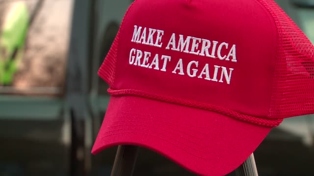 trump for president merchandise outside campaign rally at the prairie capital convention center in springfield, illinois on november 9, 2015. - 2015 video stock e b–roll