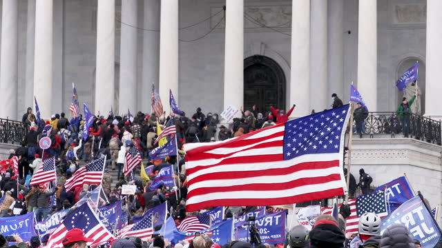 """trump supporters outside the u.s. capitol hill building for the """"million maga march - stop the steal"""" rally contesting the certification of the 2020... - united states congress bildbanksvideor och videomaterial från bakom kulisserna"""