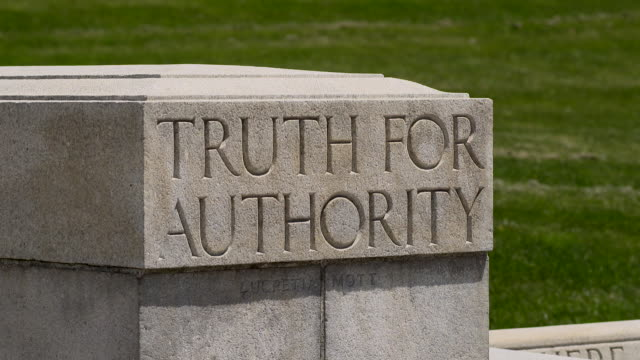 "vídeos de stock, filmes e b-roll de ""truth for authority"" stone carving outside the capital building in harrisburg pa - letra maiúscula"