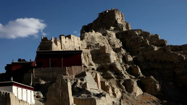 tsaparang 、歴史的遺産、チベットや中国 - ラジコン点の映像素材/bロール