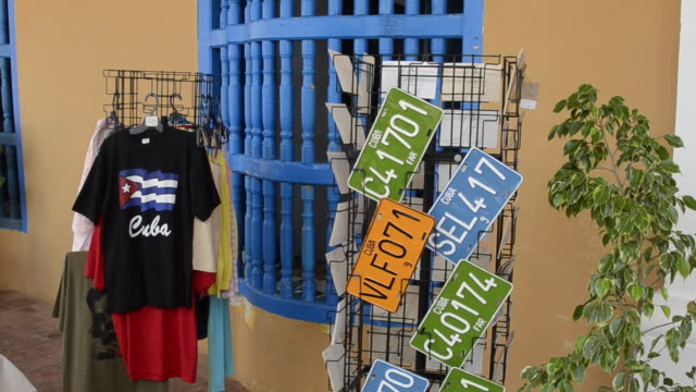 t-shirts and plates for souvenirs trinidad cuba - sancti spiritus province stock videos and b-roll footage