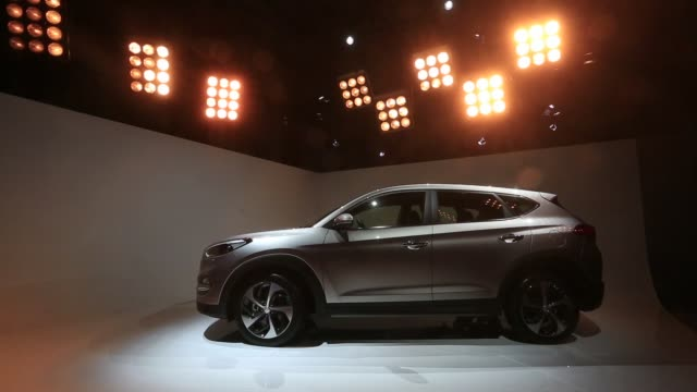 a tucson sports utility vehicle manufactured by hyundai motor co is unveiled in berlin germany on tuesday feb 17 gvs of the tucson sports utility... - nordeuropäischer abstammung stock-videos und b-roll-filmmaterial