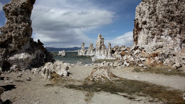 tufa formations at mono lake - death valley national park stock videos & royalty-free footage