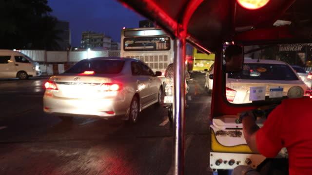 Tuk Tuk fahren in Bangkok Thailand,