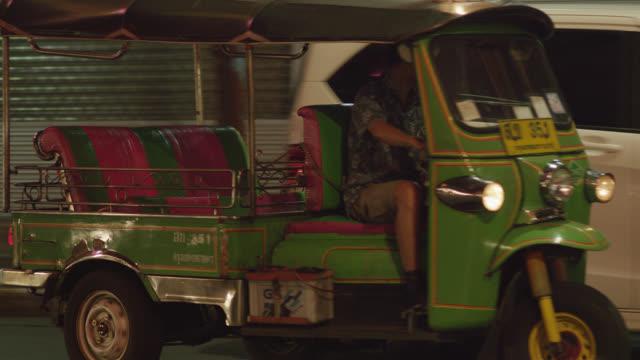 Tuk Tuk taxi, RED R3D 4K