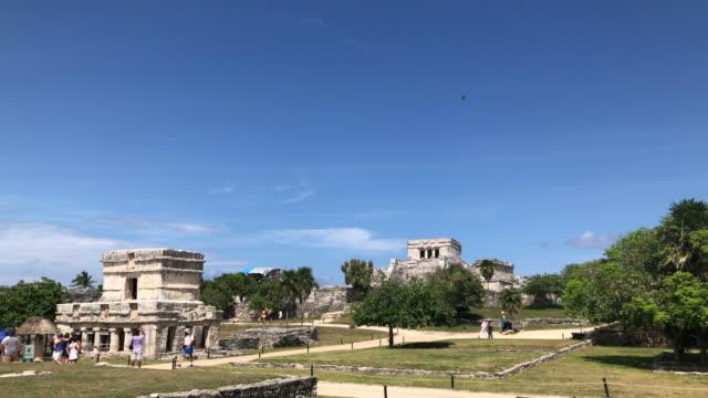 Tulum mayan ruins establishing shot