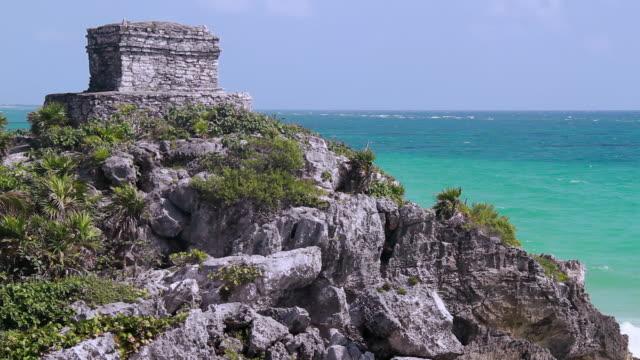 tulum pyramid ruin - mayan riviera stock videos & royalty-free footage