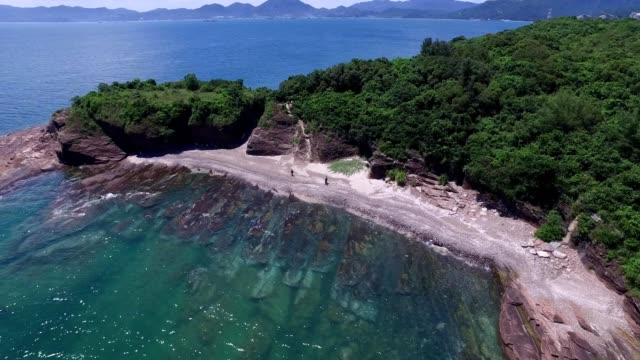 tung ping chau : youngest sedimentary rock in hong kong - sedimentary rock stock videos & royalty-free footage