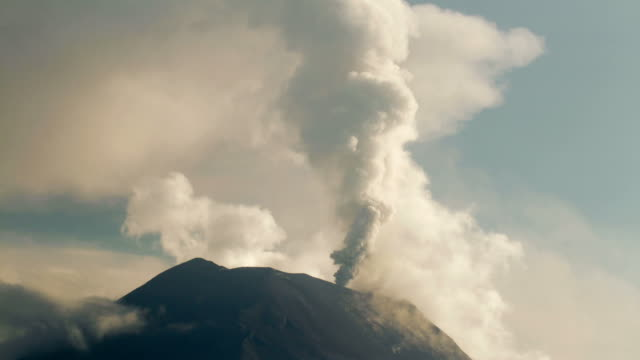 tungurahua volcano, ecuador in eruption february 2014, time-lapse - volcano stock videos & royalty-free footage