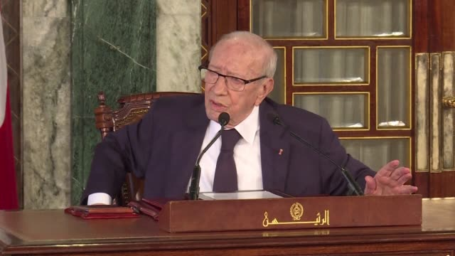 tunisian president beji caid essebsi gives a press conference in carthage palace near tunis concerning the cabinet reshuffle - carthage tunisia stock videos & royalty-free footage