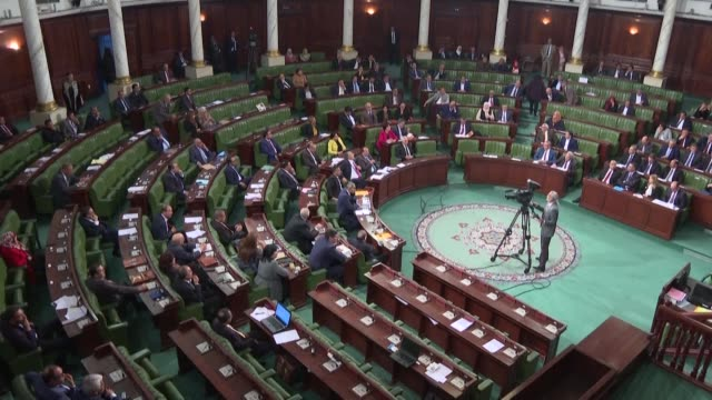 stockvideo's en b-roll-footage met tunisia's new government wins a confidence vote in parliament on thursday after more than four months of political wrangling since elections - tunesië