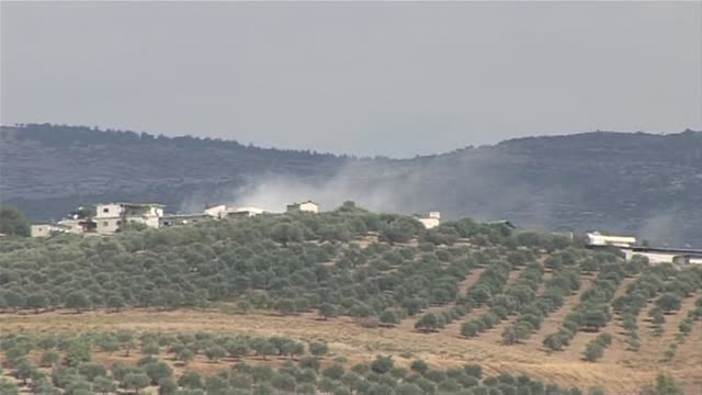 turkey and syria have been firing artillery and mortars across their volatile border for a week with every single shell fired by syrian troops met... - mortar weapon stock videos & royalty-free footage