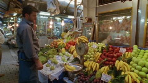 ms, ds, turkey, istanbul, farmer's market - turkish ethnicity stock videos & royalty-free footage