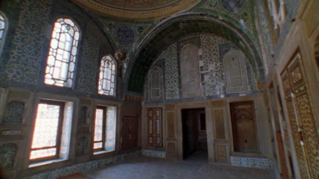 ms, tu, la, turkey, istanbul, topkapi palace, dome of imperial hall - arabic script stock-videos und b-roll-filmmaterial