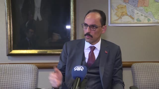 vídeos de stock e filmes b-roll de turkey will not accept statements that question its status in nato the country's presidential spokesman said tuesday defending its multidimensional... - porta voz masculino