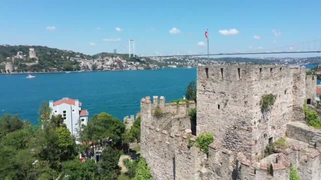 vidéos et rushes de turkey's ancient coastal castles from the seljuk, byzantine, ottoman, and medieval eras remain big attractions for both domestic and foreign... - byzantin