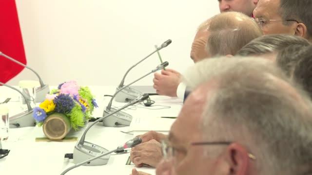 turkey's president meets on june 29 2019 with his russian counterpart on the sidelines of the g20 summit in japan recep tayyip erdogan and vladimir... - g8:s toppmöte bildbanksvideor och videomaterial från bakom kulisserna