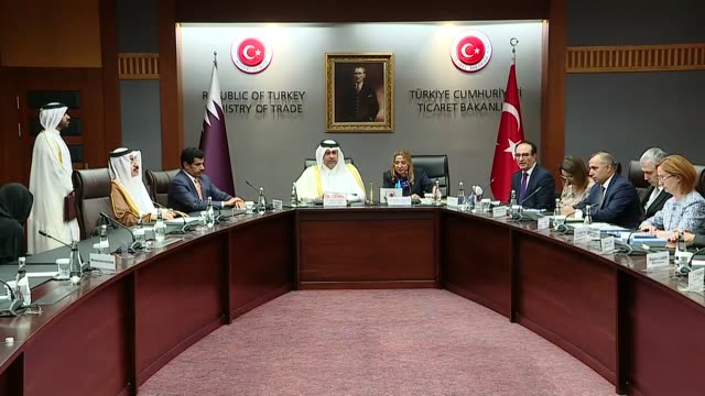 turkey's trade minister ruhsar pekcan and qatar's economy and commerce minister sheikh ahmed bin jassim bin mohammed al thani signed a commercial and... - シャイフ点の映像素材/bロール