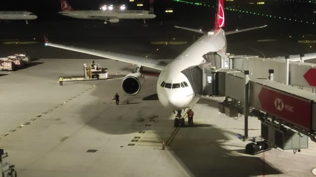 turkish airlines plane, carrying passengers from uk, arrives at istanbul airport from united kingdom, on december 26, 2020 in istanbul, turkey.... - turkey middle east stock videos & royalty-free footage