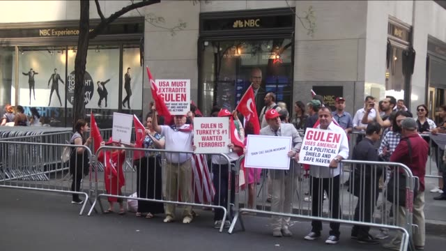 turkish americans and media members gather outside the world headquarters of nbc news in new york on august 04, 2016 durimg a protest over the false... - msnbc stock videos & royalty-free footage