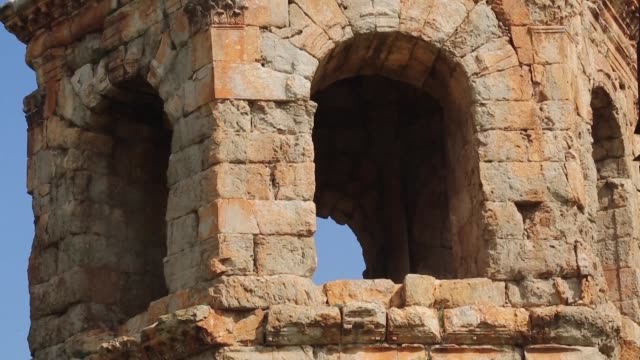turkish backed syrian opposition fighters patrolled in the archaeological site of cyrrhus or nabi huri northeast of the syrian city of afrin after... - people's protection units stock videos & royalty-free footage