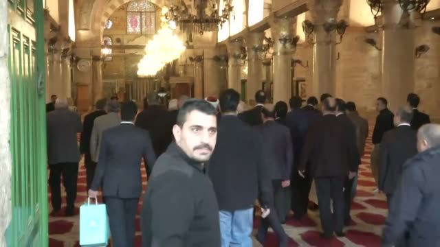 turkish culture and tourism minister nabi avci visits silver-domed masjid al-aqsa which is accepted as the third holiest site by sunni muslims in... - gerusalemme est video stock e b–roll