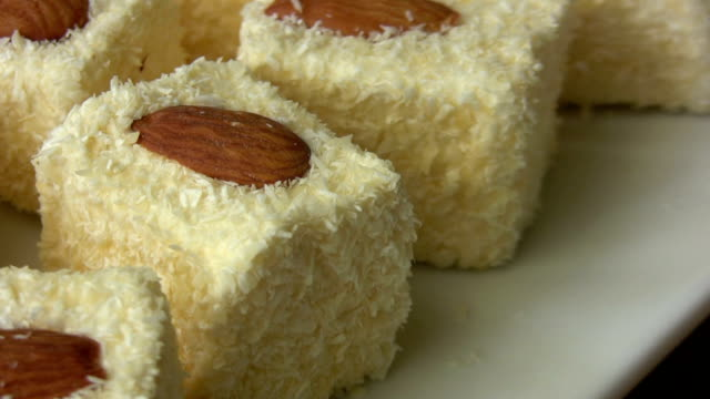 stockvideo's en b-roll-footage met turkish delight - turks fruit