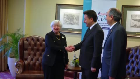 vídeos de stock, filmes e b-roll de turkish deputy prime minister ali babacan meets us federal reserve system chair janet yellen within the g20 finance ministers and central bank... - presidente de empresa